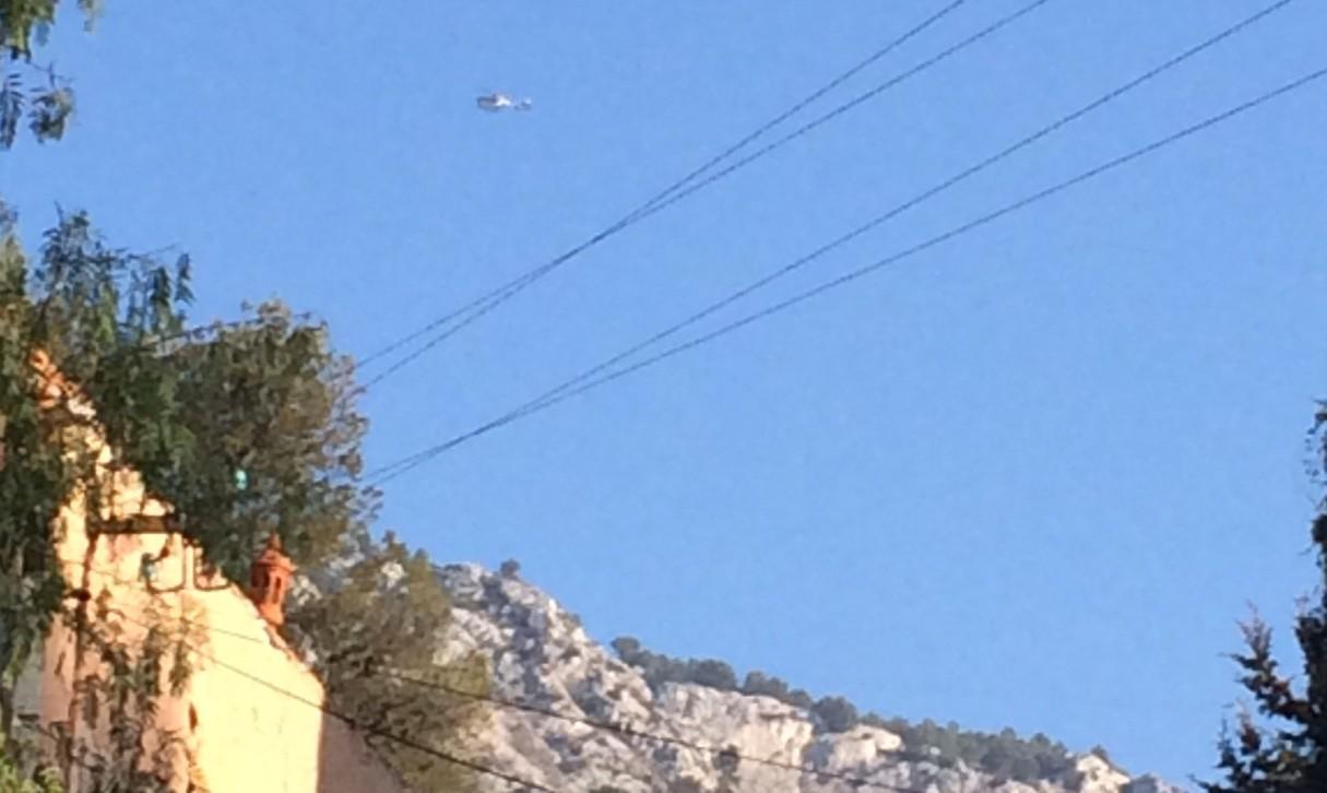 Un hélicoptère au Mont Faron ce jeudi matin.
