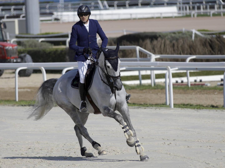 Ce samedi, pas de chance : son cheval Wouest de Cantraie Z a fait une faute sur un obstacle.