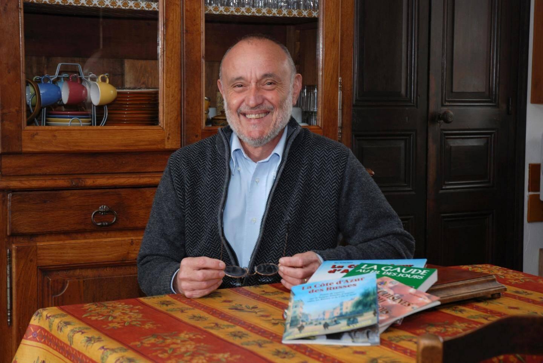 Alex Benvenuto, expert en nissardité et en févettes, chères aux papilles des gens du cru.(DR)