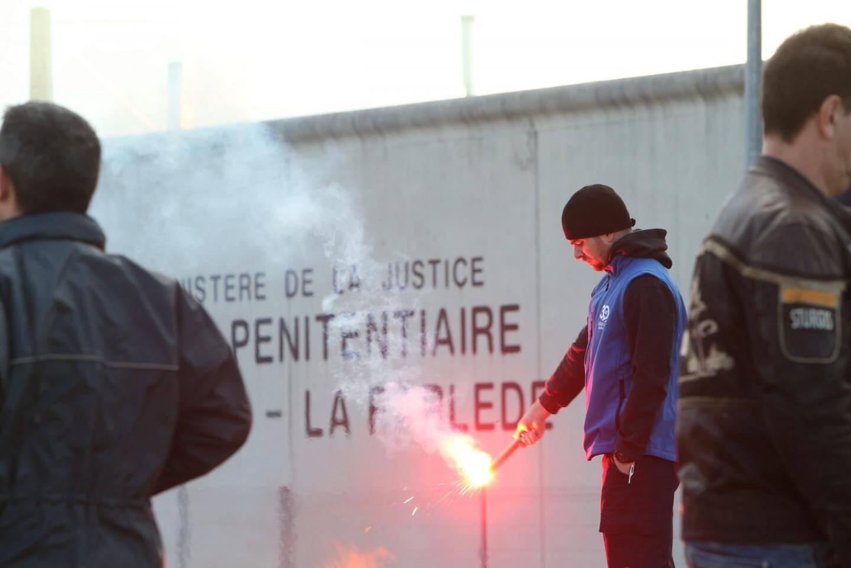 L'année dernière, un détenu radicalisé avait agressé un surveillant à la prison de Vendin-le-Vieil, dans le Pas-de-Calais.