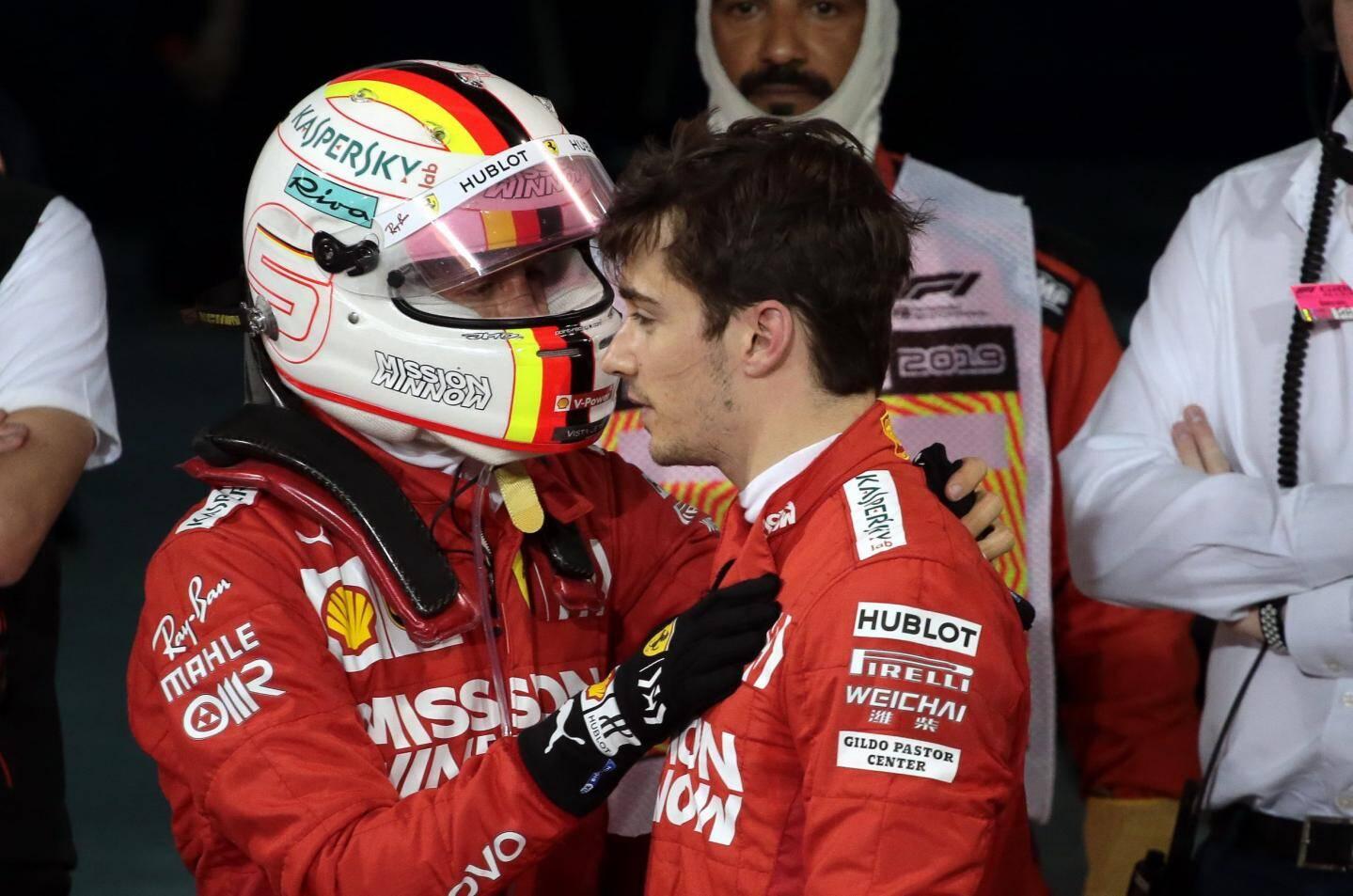 Si la victoire s'est refusée à lui, Charles Leclerc a tout de même pris l'ascendant sur son sacré coéquipier Sebastian Vettel (à gauche), ce dimanche à Bahreïn.