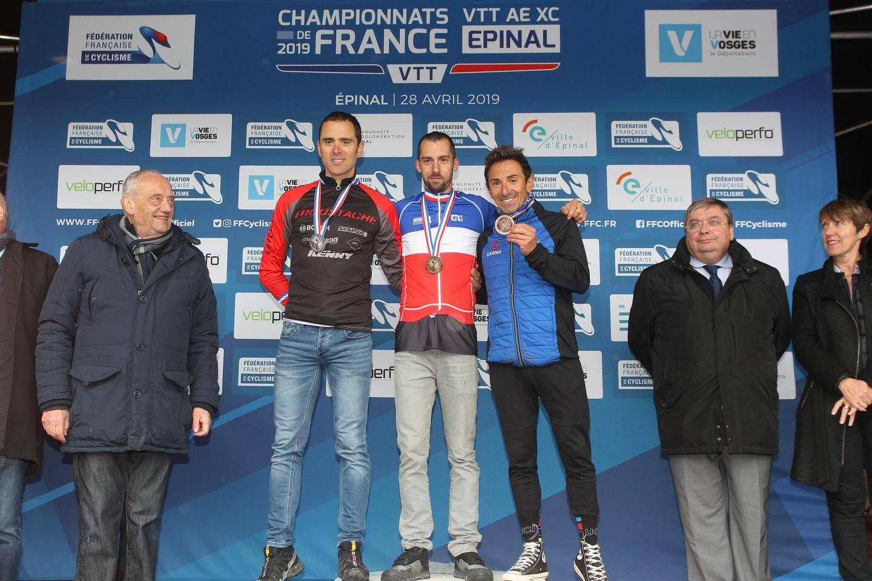 Intouchable tout au long du week-end, Thibaut Dapréla remporte la course junior avec plus de 3 secondes d'avance.