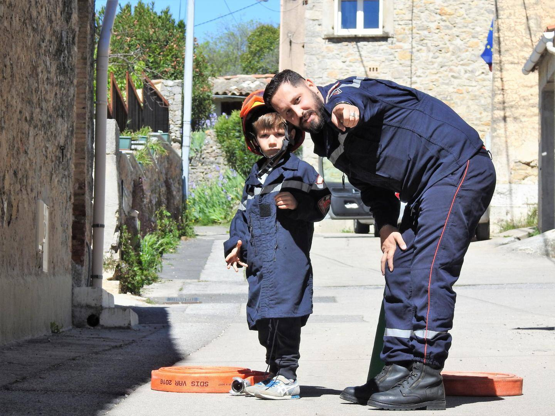 À seulement 5 ans, Ronan a scrupuleusement suivi les consignes des pompiers.