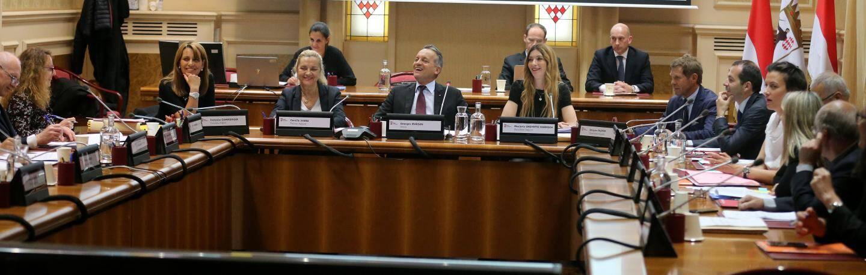 Le conseil communal demande à ce que des crèches soient prévues lors du lancement de projets de logements domaniaux.