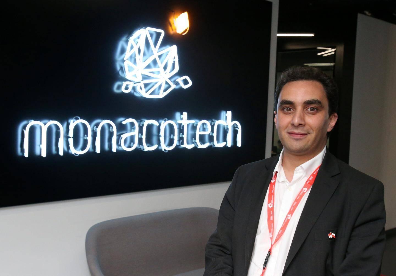 Le Dr Rachid Benchaouir a été approché par un délégué polonais vivement intéressé par sa spécialité.