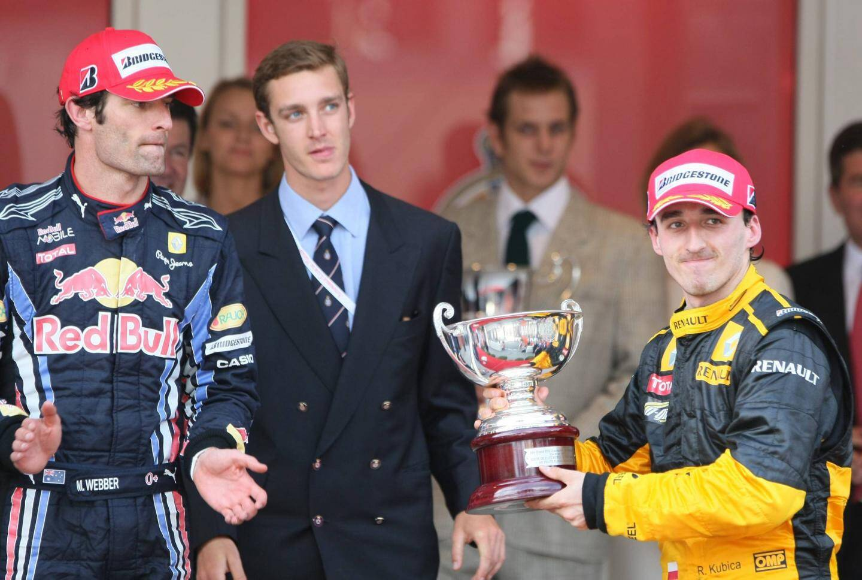 En bas : Kubica et la BMW-Sauber en 2008 à Monaco. En haut : Kubica sur le podium (3e) du GP de Monaco 2010, derrière Webber et Vettel. À droite : Kubica le revenant, hier.