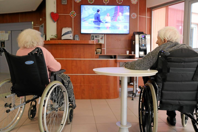 Les Ehpad accueille les personnes âgées dépendantes.
