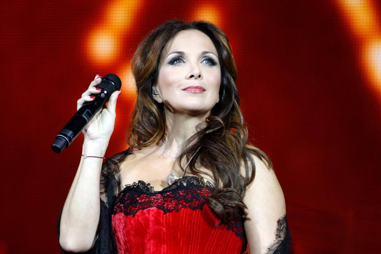 Hélène Segara.