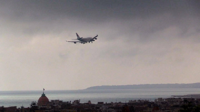 Le mauvais temps a perturbé le trafic aérien hier à l'aéroport de Nice.(Illustration Gilles Ehrentrant)