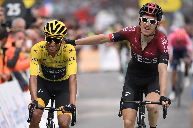 Le drapeau colombien dans le vent de la victoire, Luis Herrera aimait s'habiller du maillot à pois, lui le poids léger du peloton qui savait se bagarrer, même contre Bernard Hinault.