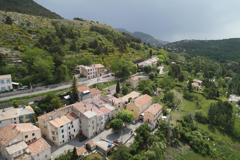 Le village d'Escragnolles.
