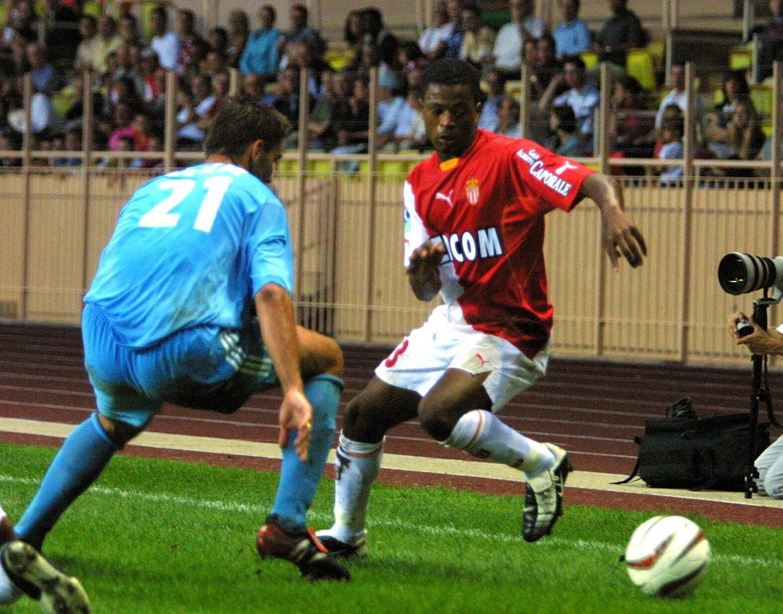 Avec l'AS Monaco, face à l'OM en 2002.
