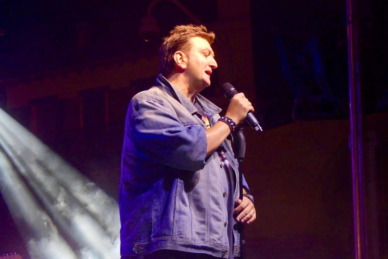 Marco Paolo, présentateur de la Tournée.