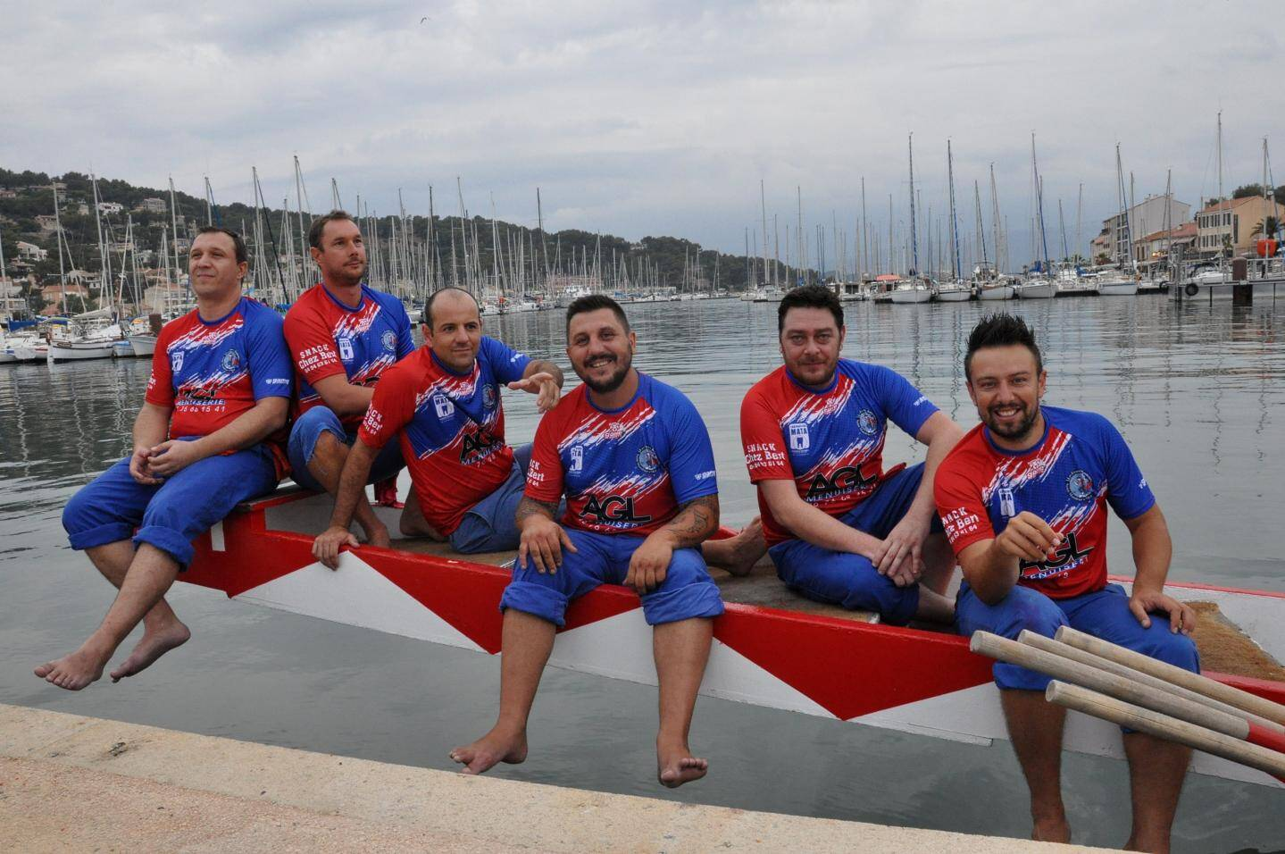 David, Romain, Maurice, Tchoi, Virgil et Laurent à l'âge de 35 ans en 2019.