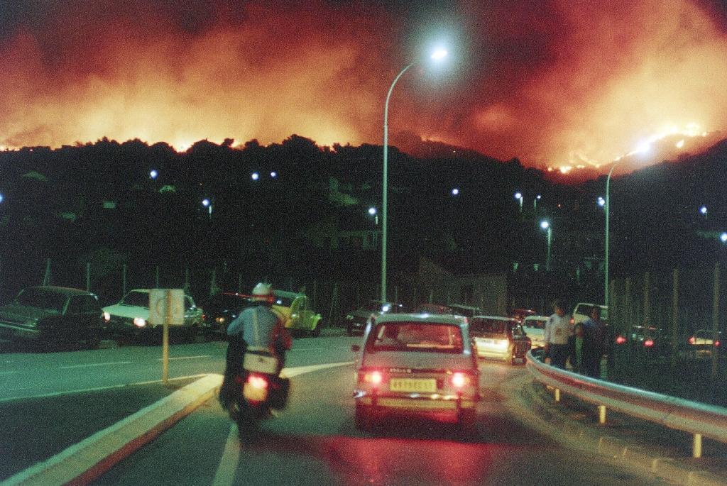 Marseille face aux flammes dans la nuit du 28 au 29 août 1989
