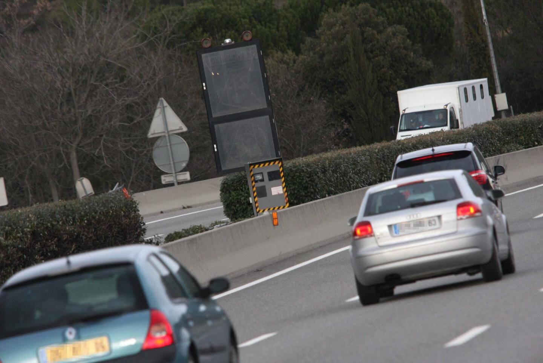 Les infractions ont été relevées sur des radars automatiques de vitesse et de feux.