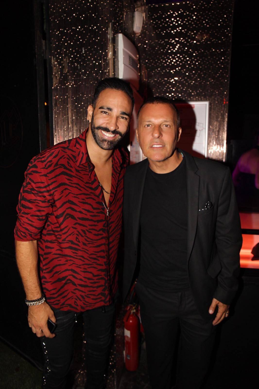Adil Rami a fait la fête au VIP Room de Saint-Tropez.