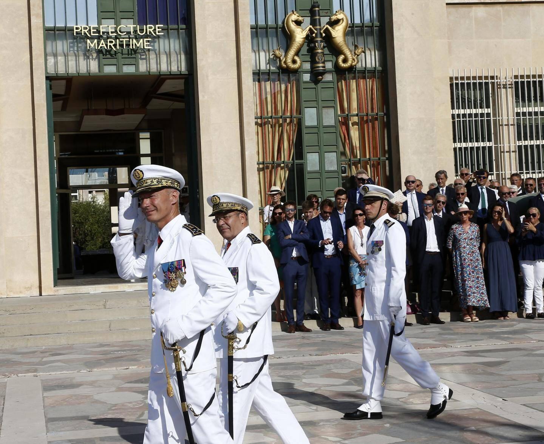Après trois ans passés à la tête de la préfecture maritime, l'amiral du Ché a fait son adieu aux armes mercredi matin.
