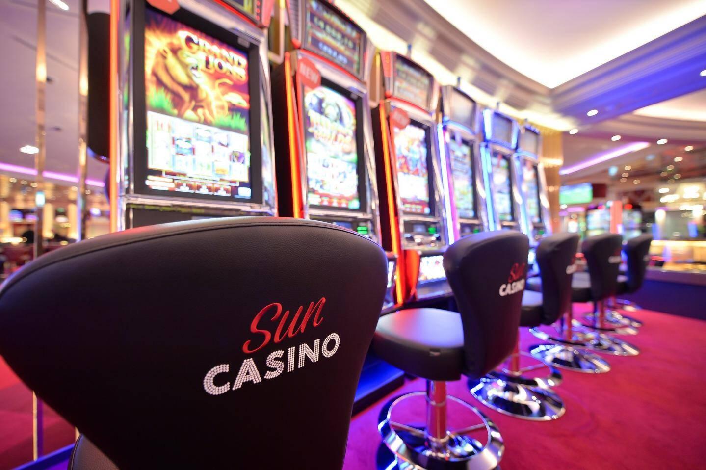 Rudy Tarditi, directeur du Sun Casino et du Casino Café de Paris, constate un afflux de joueurs chaque vendredi 13.