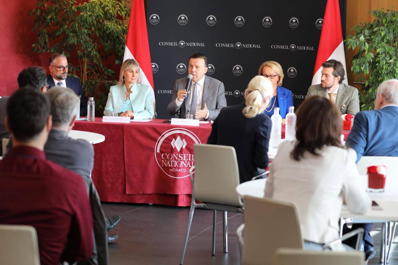 Le président Stéphane Valeri a organisé hier matin une conférence de presse pour la rentrée politique du Conseil national.