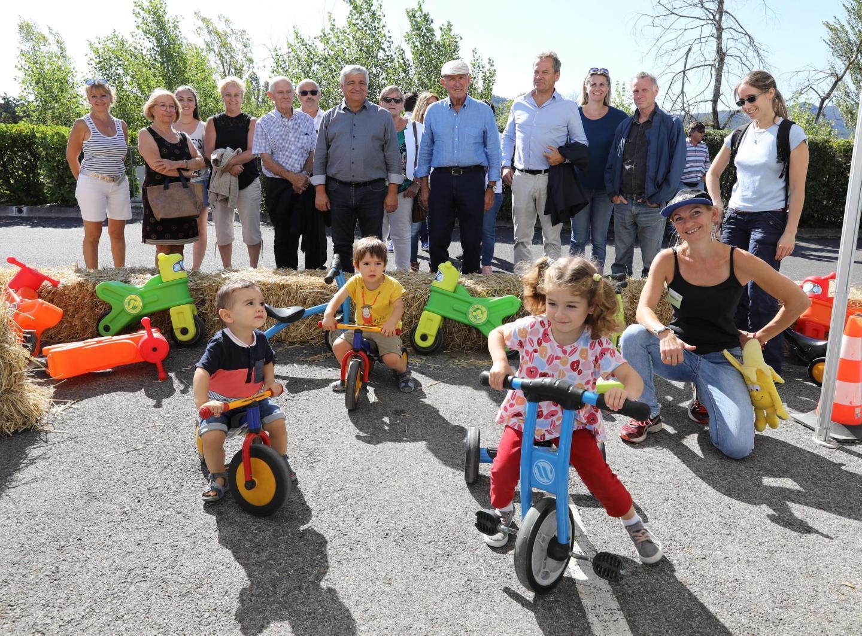 Les élus de la Provence verte ont rendu visite aux familles.
