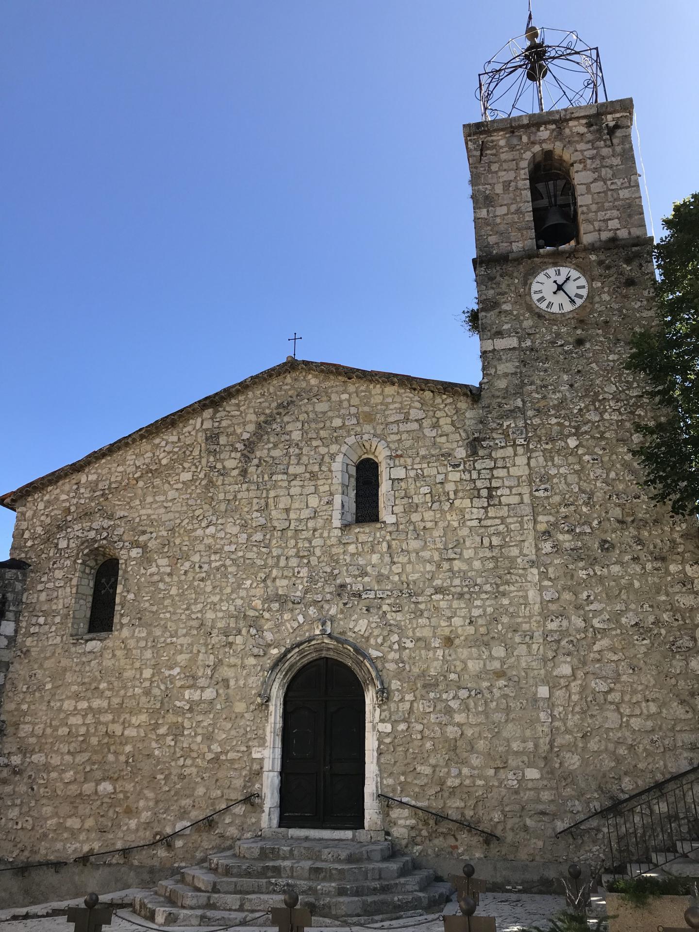 L'office de tourisme de Gréolières et l'association du patrimoine de Gréolières ont réalisé un circuit du patrimoine.