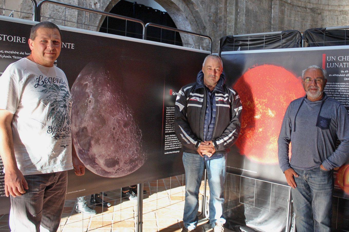 Les amateurs éclairés du club astronomique Altaïr33 de Flassans.