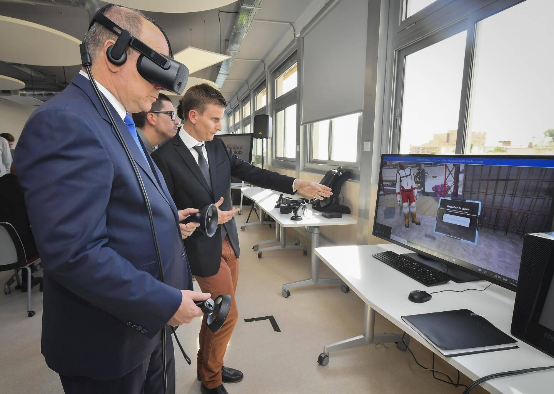Le prince Albert II a pu tester la réalité virtuelle au sein de l'EduLab.