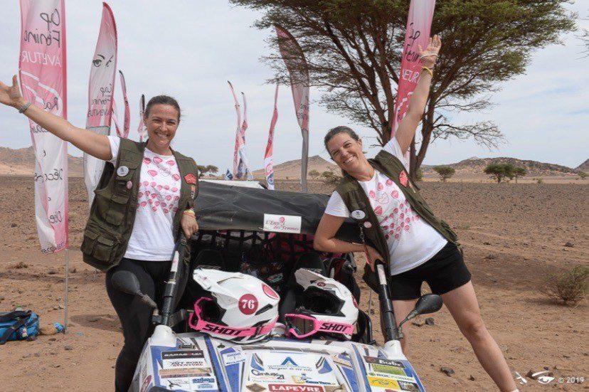 Les deux amies ont vécu une expérience humaine intense au cœur du désert marocain.