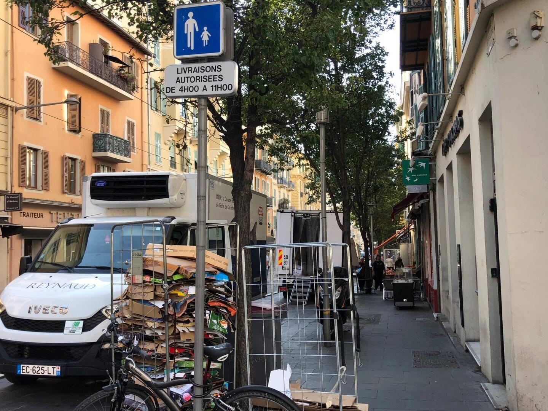 Depuis août, avenue Alfred-Borriglione, les livraisons sont autorisées de 4 à 11 heures.