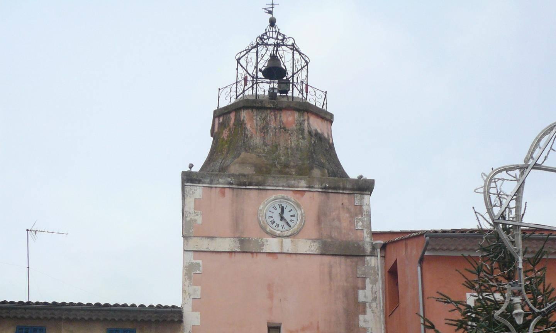 La fondation aidera également la tour de l'Horloge à Carcès.