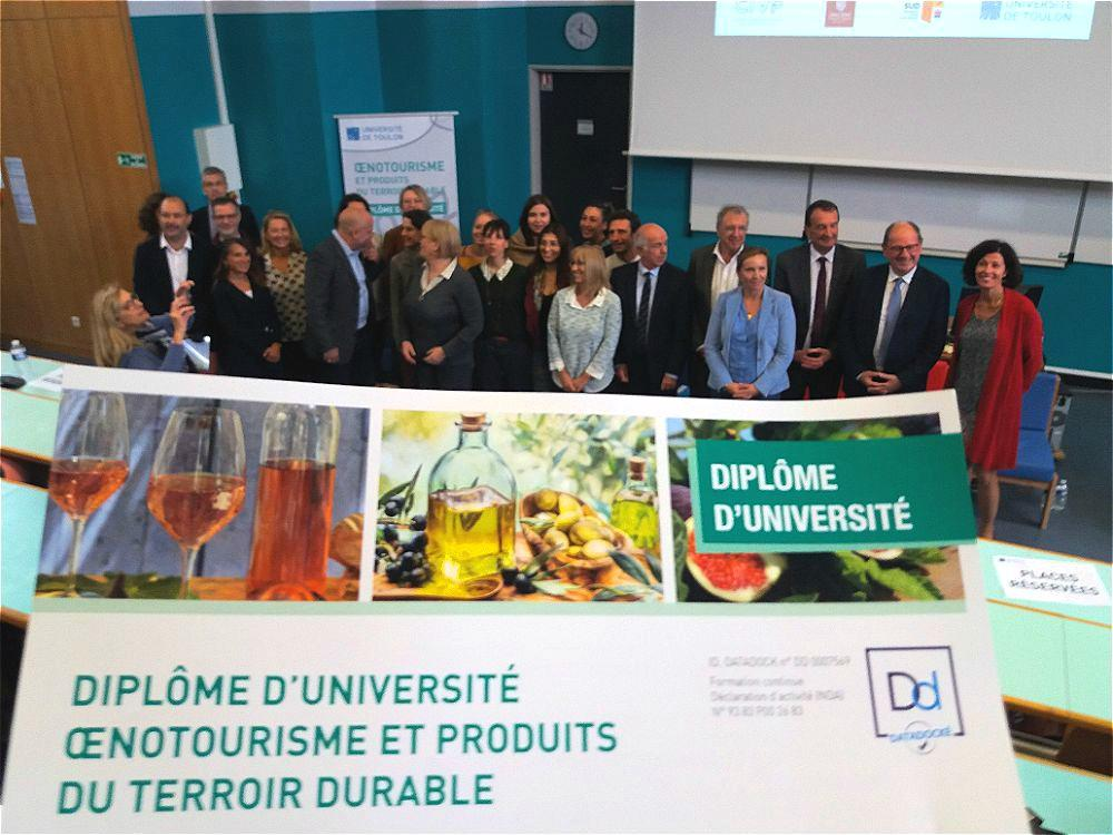 Cette formation a le soutien de nombreux partenaires : la Ville, l'agglomération, le Département, la Région, mais aussi tous les domaines viticoles de la Dracénie et du Conseil interprofessionnel des vins de Provence, dont le président est le parrain de la première promotion.