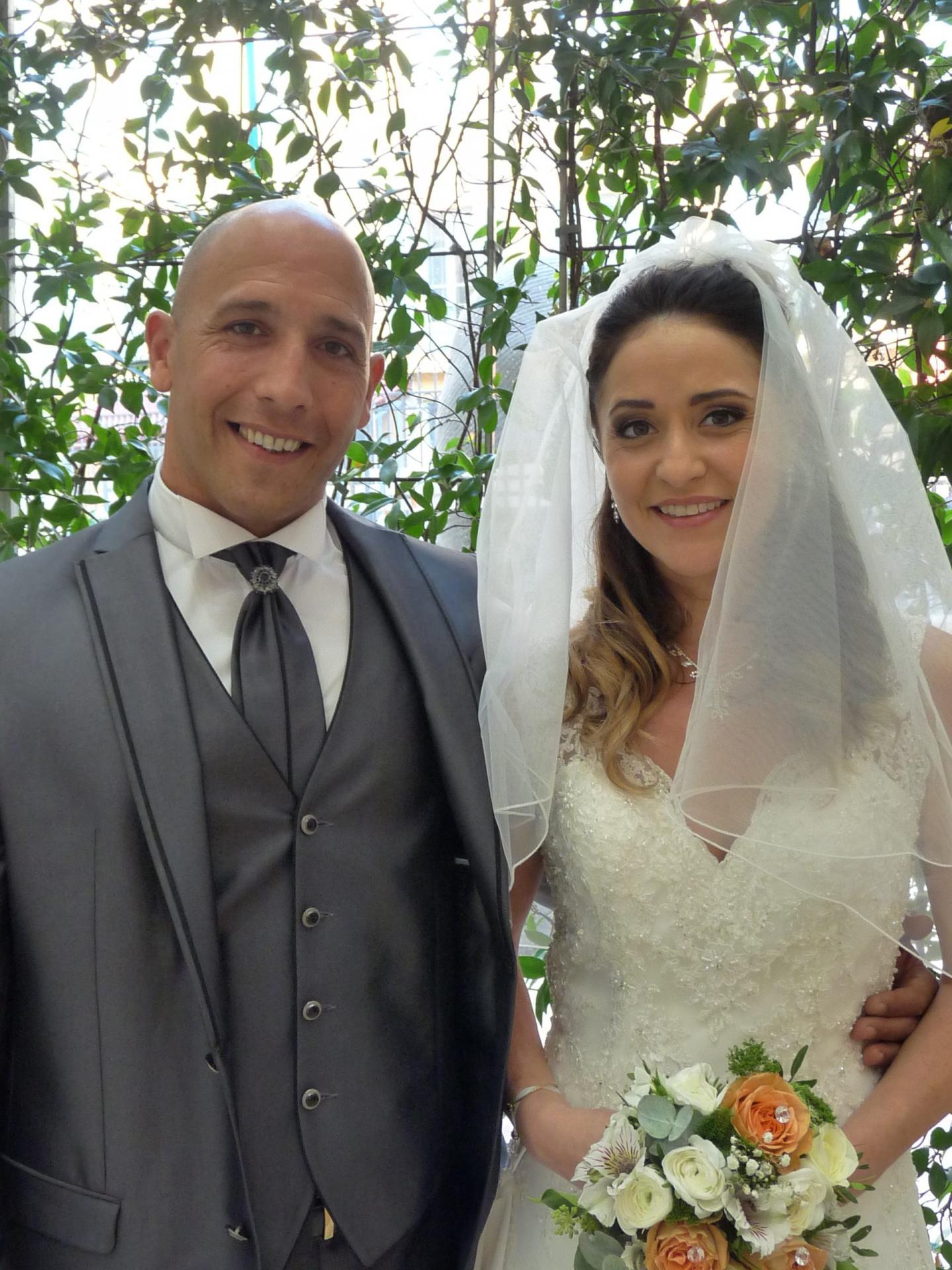 Steeve Saccone et Alice Muscat, employés de banque.