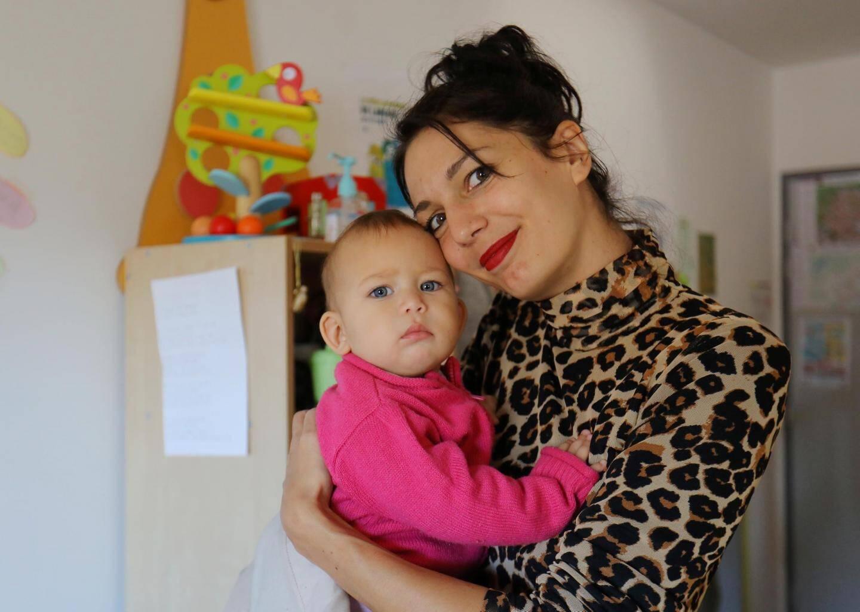 Cyrielle, maman de Kim, 2 ans, et Teeyah, 1 an,