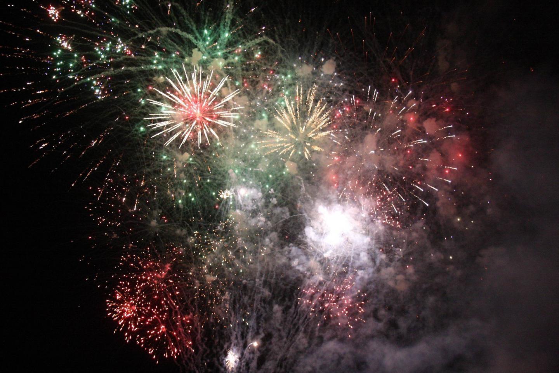 Des feux d'artifice seront tirés à Flassans et Seillons ce soir.