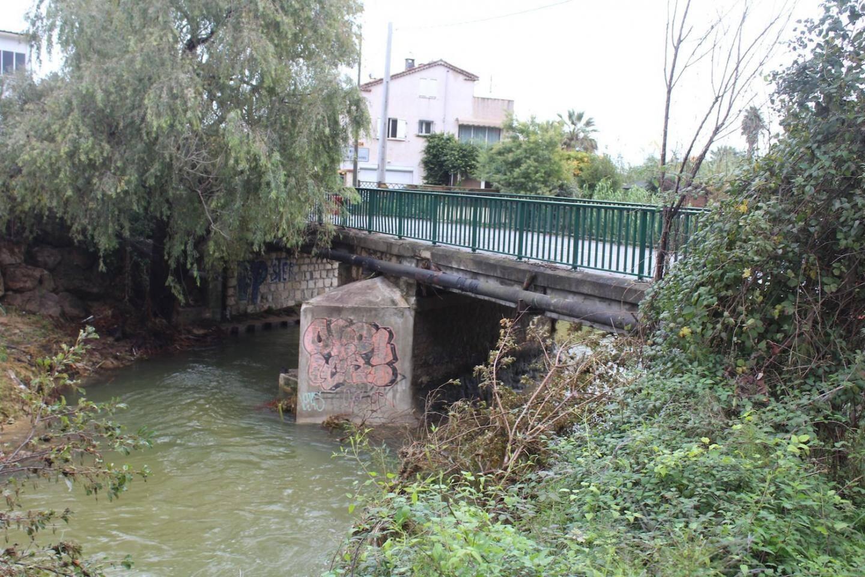 Le pont Brejnev à Biot.
