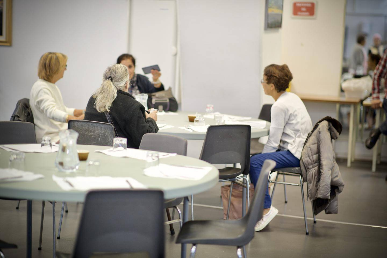 Pour l'ouverture, l'équipe du lundi: Anne-Marie, Claude, Françoise, Georgette, Michelle, Jean-Marie, Jean-Louis, Michel et Francis ont servi un cordon-bleu, des pâtes, un fromage et un riz au lait.