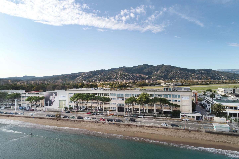Le site de Thalès Alenia Space à Cannes La Bocca.