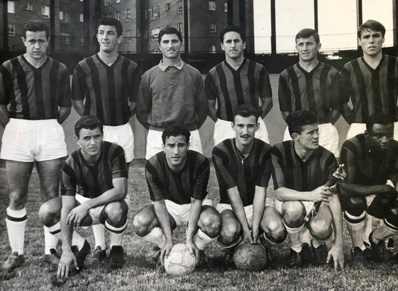 En haut, de gauche à droite : Fonfon Martinez, Milazzo, Lamia, Pancho Gonzalez, Boragno, Auzoberry. Accroupis : Foix, De Bourgoing, Giner, Nurenberg, Barrou.