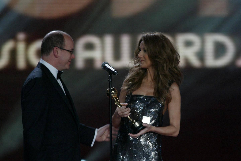 En 2007, Céline Dion avait reçu des mains du prince Albert II, un World Music Award pour saluer sa contribution au monde de la musique.