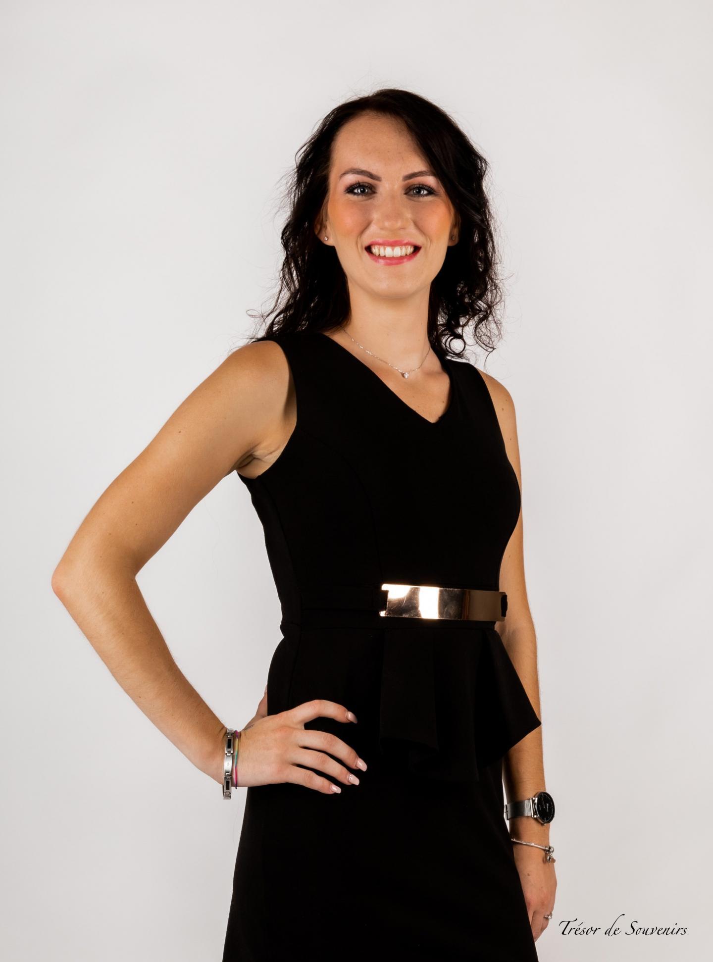 Lena Van Durme, 22 ans, 1,75 m (Roquebrune-sur-Argens)