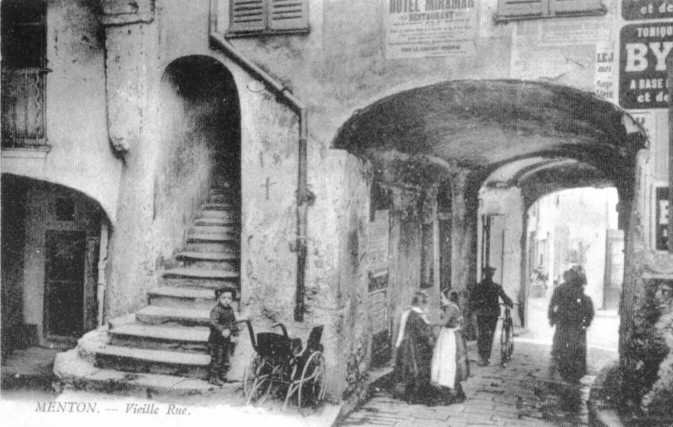 Porte Saint-Antoine(DR)