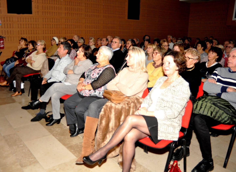 La salle Pagnol a comme d'habitude accueilli de nombreux auditeurs.