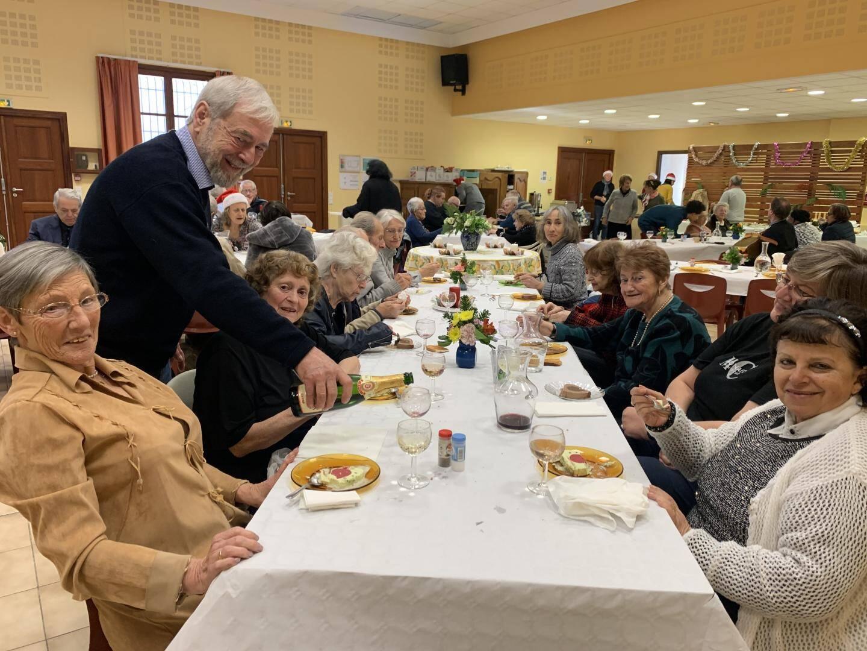Le repas est financé grâce aux dons récoltés tout au long de l'année.