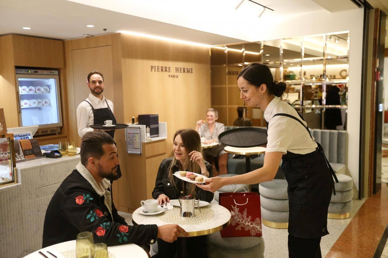 Le café Pierre Hermé a été inauguré le 4 décembre.
