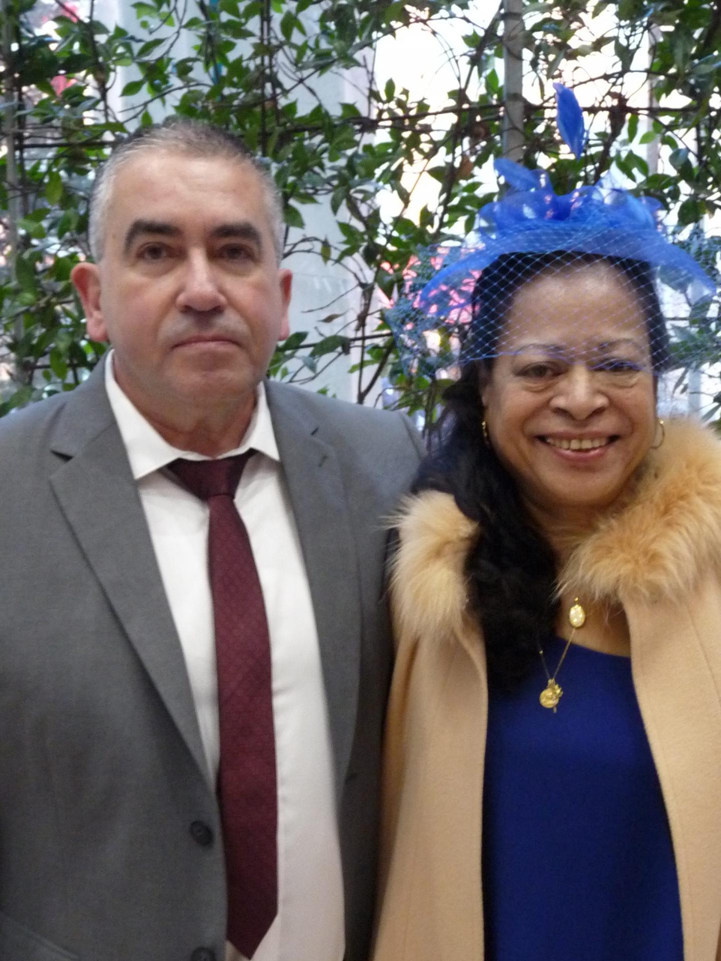 Bernard Lisan, responsable de magasin, et Marie-Ange Santot, agent administrative.