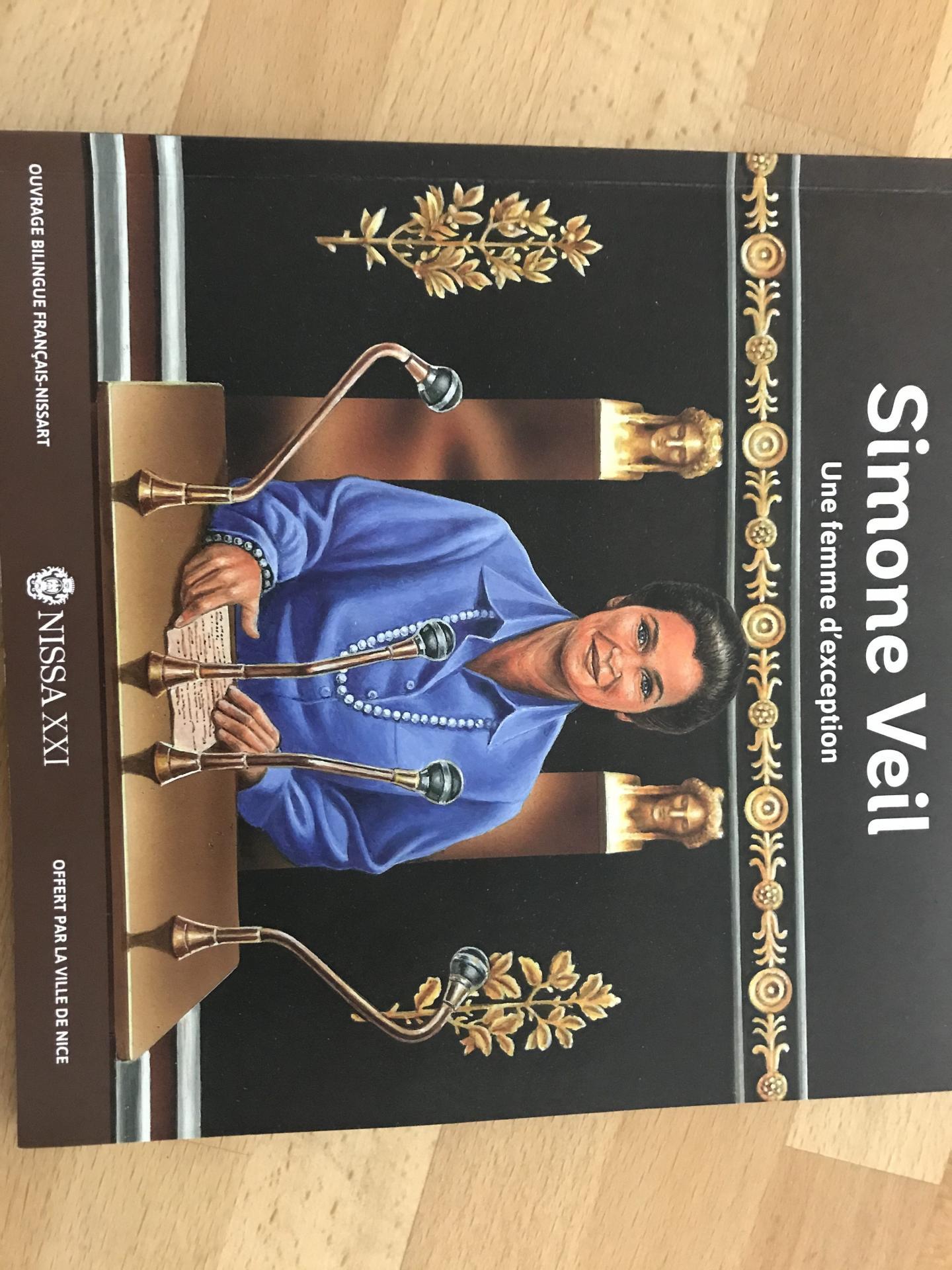 Ecrit en français et nissart, édité à 5 000 exemplaires par la Ville, cet ouvrage sur Simone Veil sera distribué aux écoliers de CM2.
