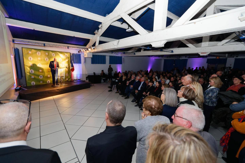 La cérémonie des vœux s'est tenue dans une salle comble, remplie par de nombreux soutiens de Georges Ferrero.