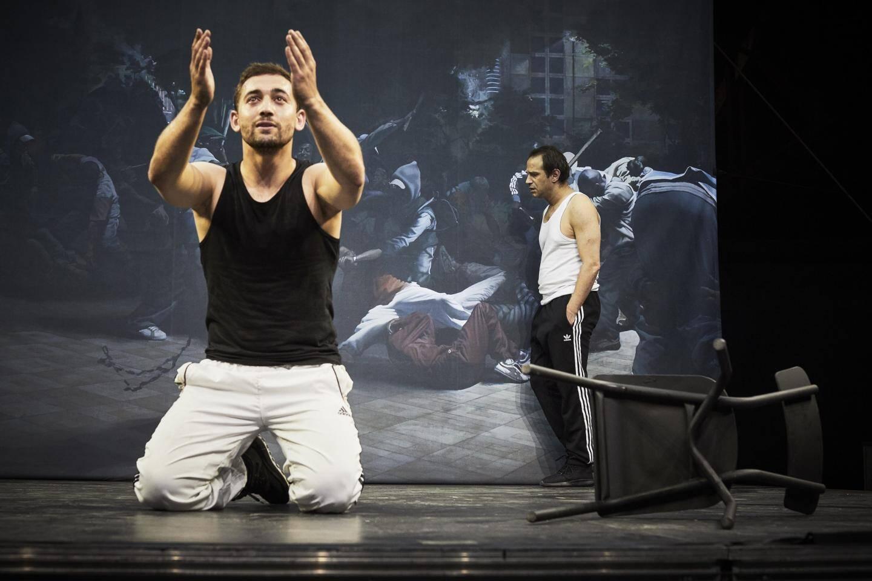 Pur présent, mis en scène par Olivier Py, sera joué jeudi 13 et vendredi 14 février, à 20 h, au Théâtre de Grasse.