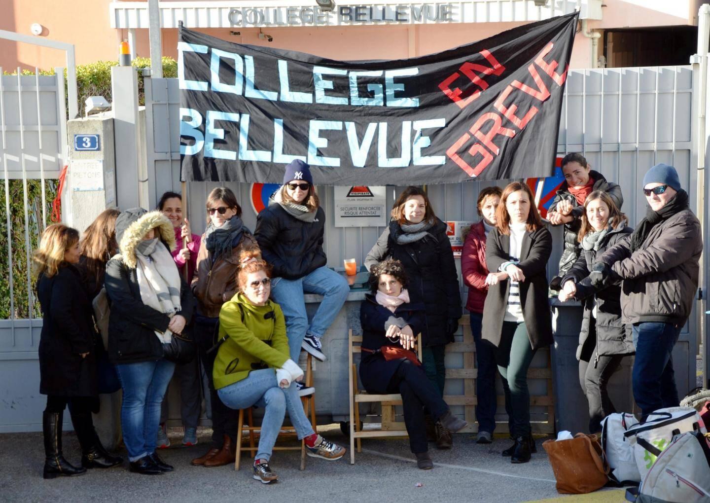 Les enseignants et un agent administratif ont bloqué le collège Bellevue de 7h15 à 15h, mardi.